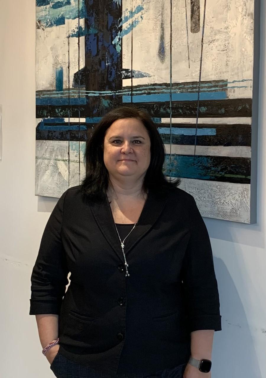 Julie Caya